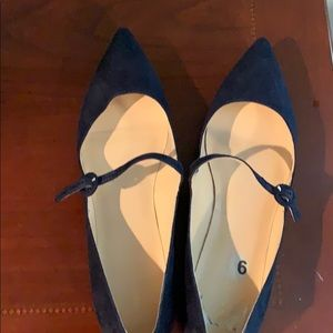 Marc Fisher navy suede flats